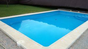 PISCINA-A-PUNTO-DE-INSTALAR-un corbertor de piscina EN-CAÑADA-ROSAL